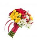 Buchete de mireasa lisiantus hipericum trandafiri