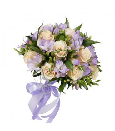 Buchete de mireasa frezii lila