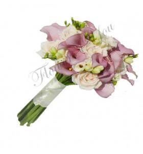Buchet de mireasa trandafiri frezii miniroza gipsofila