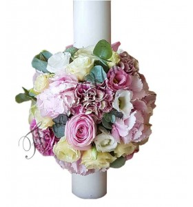 Lumanari nunta scurte hortensia roz trandafiri albi si roz