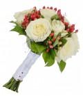 Pachete nunta lumanari si buchete trandafiri si orhidee hipericum.
