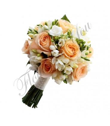 Buchete mireasa frezii albe trandafiri somon