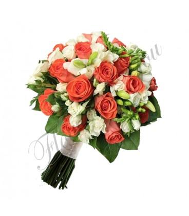 Buchete mireasa trandafiri corai frezii albe