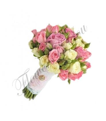 Buchete mireasa trandafiri roz trandafiri albi