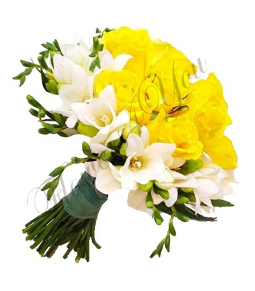 Buchete mireasa trandafiri galbeni frezii albe