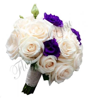 Buchete mireasa trandafiri crem lisiantus mov