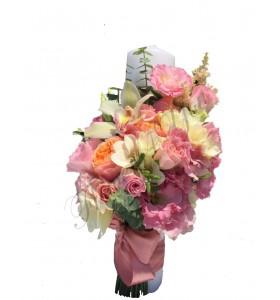 Lumanari nunta scurte lisiantus roz frezii albe