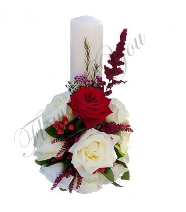 Lumanari nunta scurte trandafiri albi hipericum