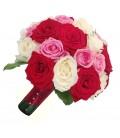 Buchet de mireasa trandafiri albi trandafiri grena trandafiri roz
