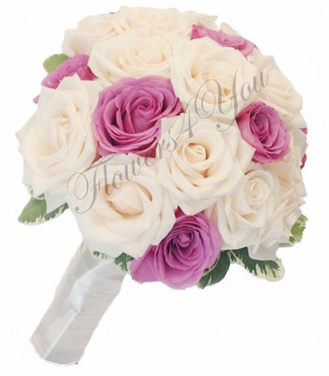 Buchet de mireasa trandafiri mov trandafiri crem