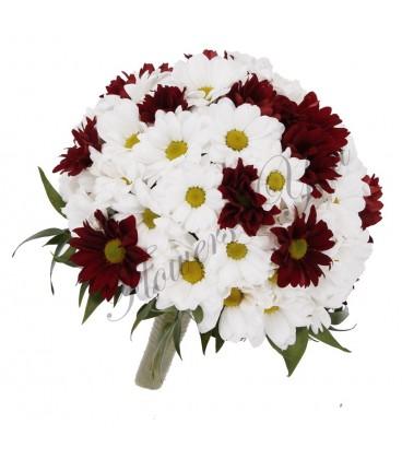 Buchet mireasa crizantema alba si grena