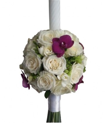 Lumanari nunta trandafiri albi frezii albe phalaenopsis