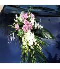 Aranjamente masina trandafiri roz dendrobium alb