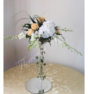 Arantament floral dendrobium hortensia trandafiri
