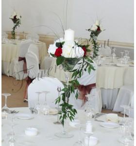 Aranjament floral nunta bujori trandafiri