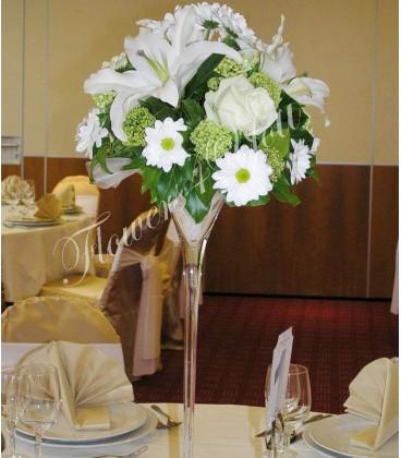 Aranjament floral nunta crini trandafiri crizantema buvardia