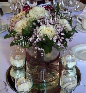 Aranjament floral nunta trandafir gipsofila ruscus