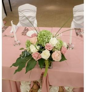 Aranjament floral nunta trandafiri hortensia