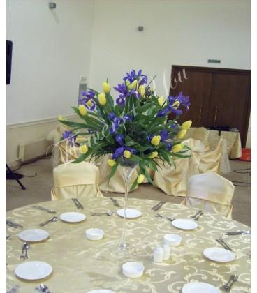 Aranjamente florale nunta lalele iris