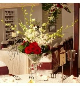 Aranjamente florale nunta trandafiri dendrobium