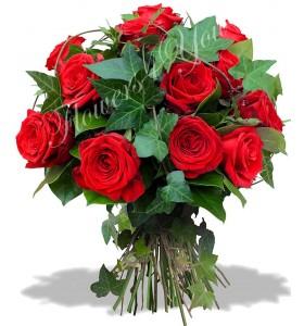Buchet trandafiri rosii verdeata
