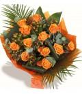 Buchet trandafiri portocalii hipericum