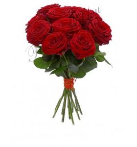Buchet compact trandafiri rosii