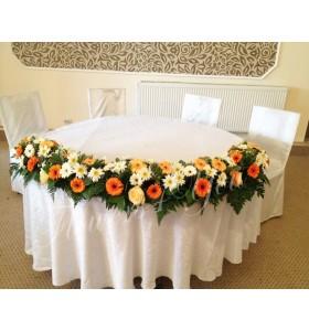 Aranjamente florale prezidiu gerbera trandafiri