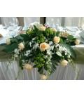 Aranjament floral prezidiu santini trandafiri dendrobium