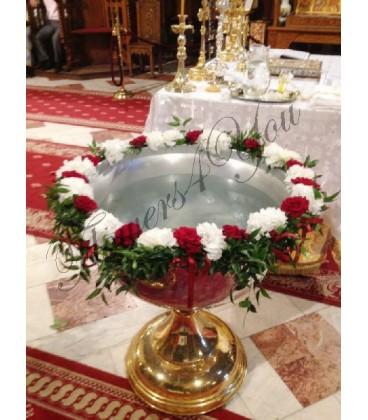 Cristelnita botez hortensia alba trandafiri grena ruscus