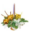 Aranjament craciun floare lumanare argintie glob auriu