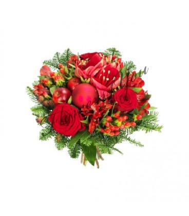 Aranjament craciun trandafiri hipericum globuri