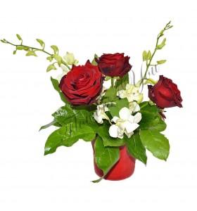 Aranjamente trandafiri dendrobium