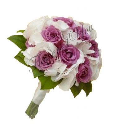 Buchet de mireasa hortensia trandafiri
