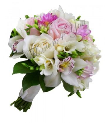 Buchet de mireasa orhidee frezii trandafiri