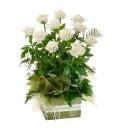Aranjament trandafiri albi avalance