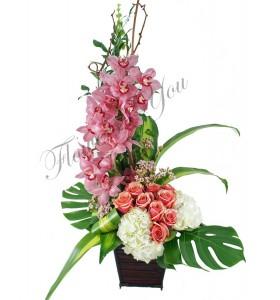 Aranjament trandafiri orhidee