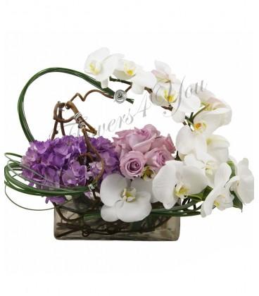 Aranjamenthortensia trandafiri phalaenopsis