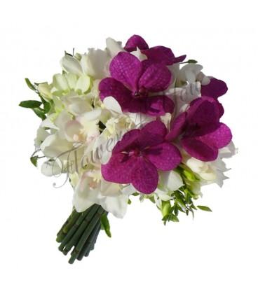 Buchet de mireasa orhidee alba dendrobium alb vanda