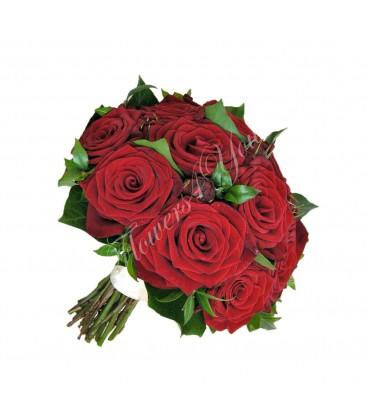 Buchet mireasa trandafiri grena