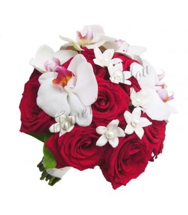 Buchet de mireasa trandafiri grena phalaenopsis alb