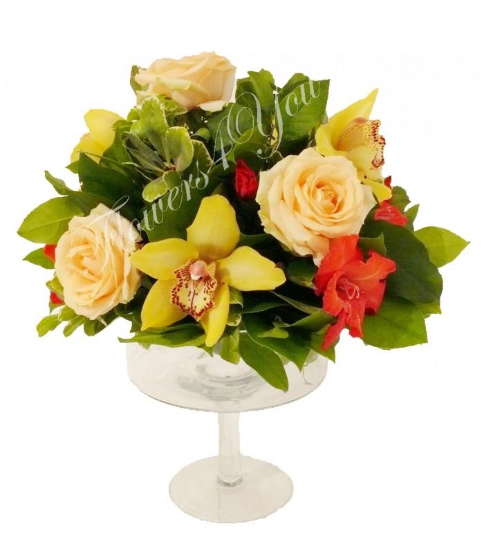 aranjamente florale nunta trandafiri orhidee