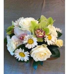 Aranjament floral nunta margarete trandafiri orhidee