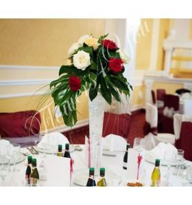 Aranjament floral nunta trandafiri mostera