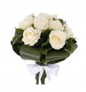 Buchet trandafiri albi aspidistra