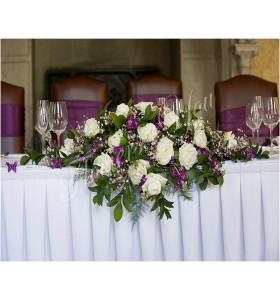 Aranjament floral prezidiu trandafiri matiola ruscu