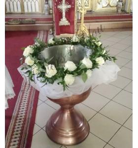 Cristelnita botez trandafiri albi tul