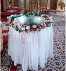 Cristelnita botez crizantema multi colorata